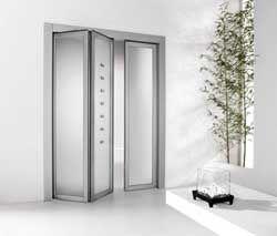 Дизайнерские двери из стекла фото